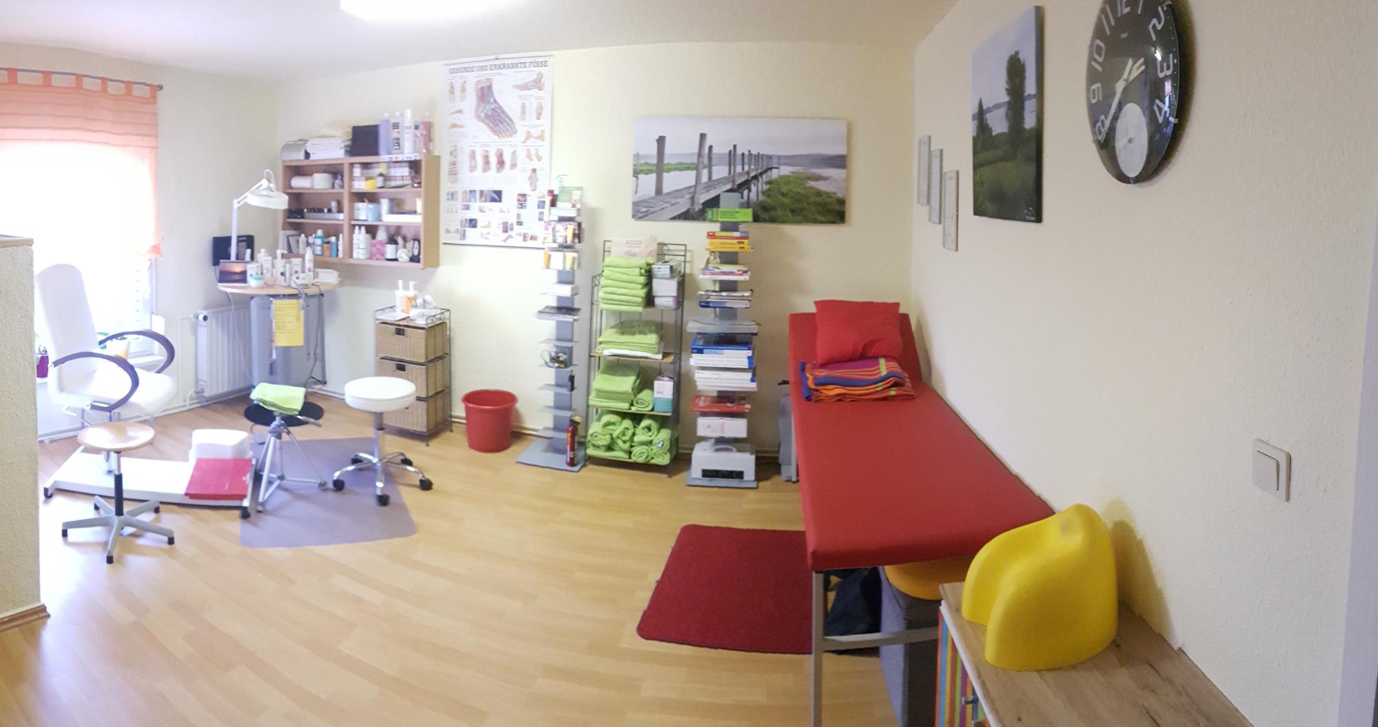 Behandlungs- und Fußpflegebereichb